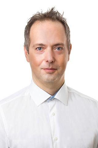 Dr. Csaba Ákos